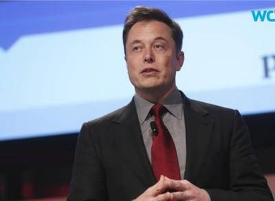 News video: Elon Musk Dismisses Tesla Challenges In Detroit, Talks Of Sales Growth